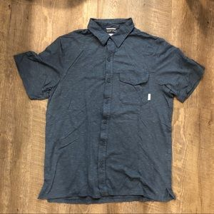 Columbia Button Down / Men's med